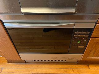 2021年1月17日、横浜市栄区にお住まいのI様宅のオーブンをノーリツ「コンビネーションレンジ」NDR320EKに交換させていただきました。